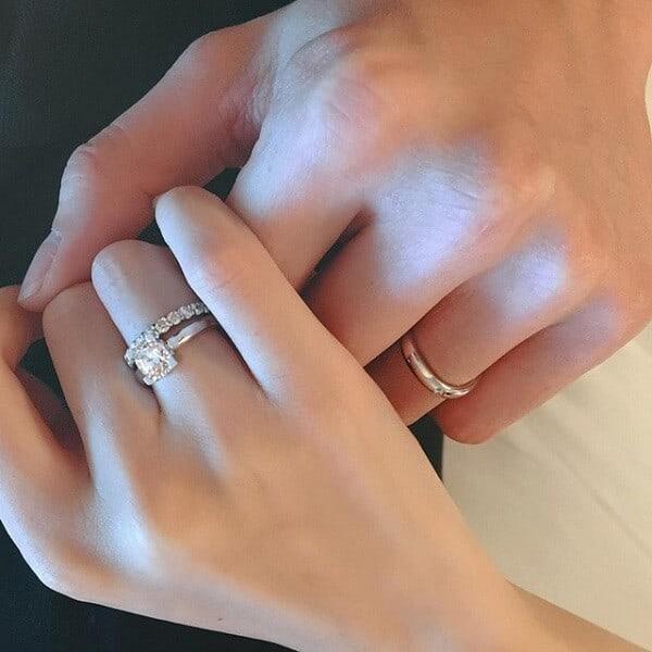 Nhẫn vàng trắng dành cho các cặp đôi sành điệu