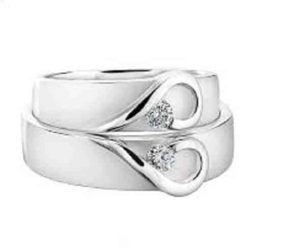 Hình ảnh mẫu nhẫn cưới vàng Couple Heart lãng mạn