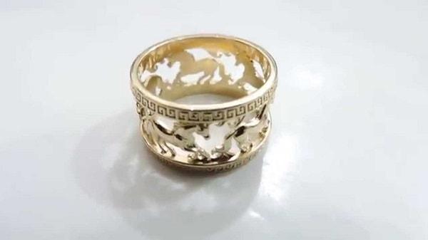 Mẫu nhẫn vàng tây hình ngựa đầy độc đáo