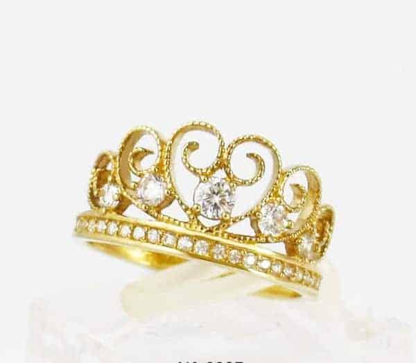 Mẫu nhẫn vàng 18k hình vương miện