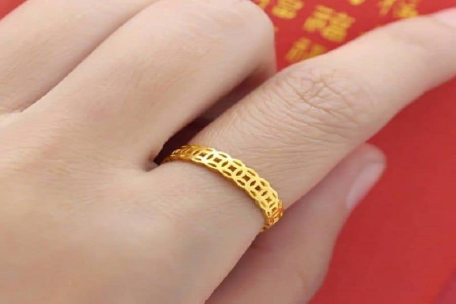 các kiểu nhẫn vàng 18k