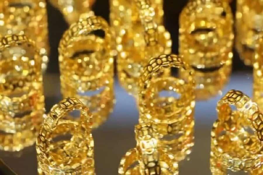 giá nhẫn vàng 18k