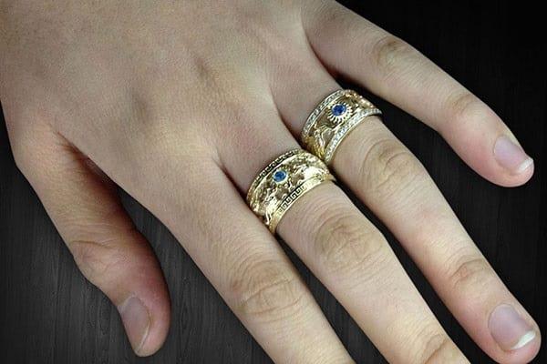 Nhẫn vàng tây thời thượng