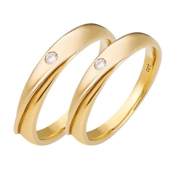 Nhẫn vàng cặp 18k đính đá tròn