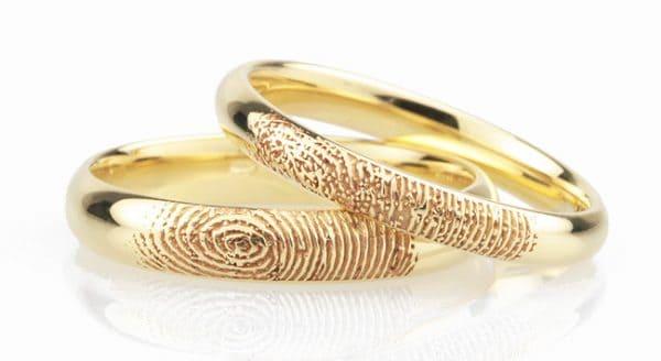 Nhẫn đôi vàng tây vân tay