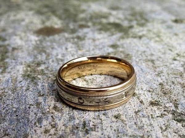 Nhẫn vàng trơn đơn giản, tinh tế