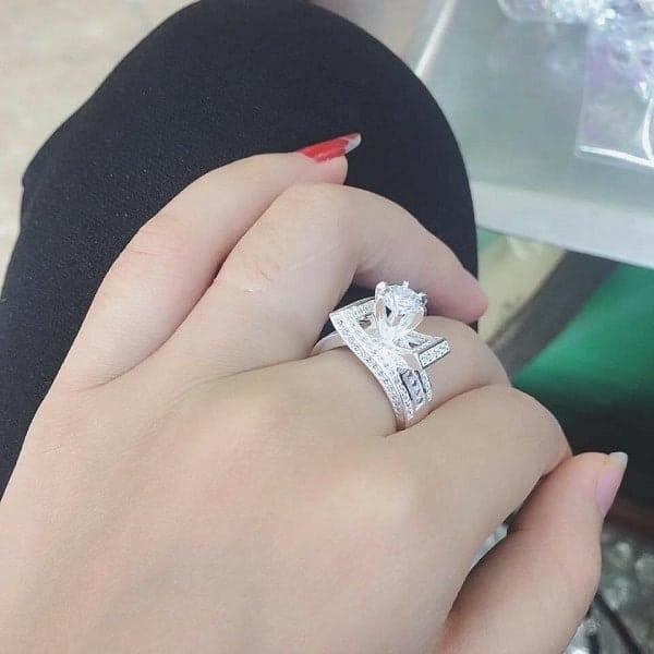 Nhẫn vàng trắng sang chảnh