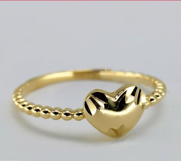 nhẫn vàng tây mặt đá