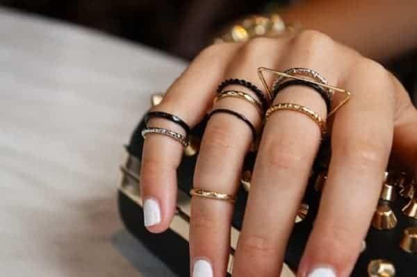 Đa dạng kiểu dáng nhẫn vàng