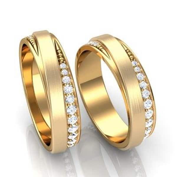 Trang sức nhẫn vàng 18k dễ gia công, có màu sắc đẹp