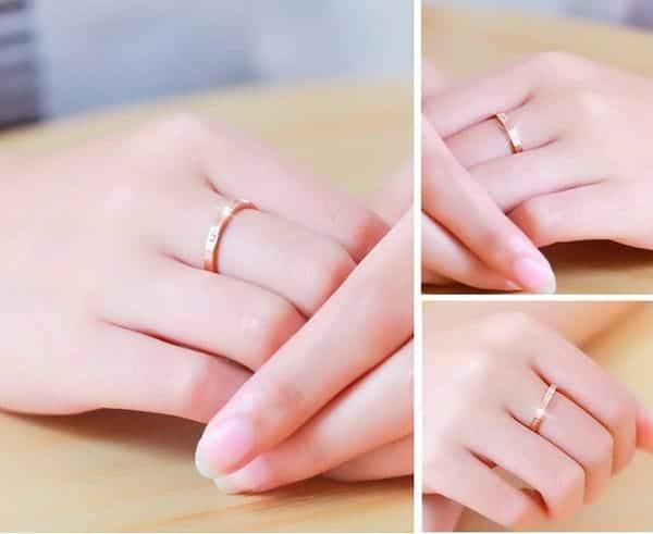 Nhẫn vàng tây với chất liệu vàng không quá đắt, nhiều kiểu dáng để bạn lựa chọn