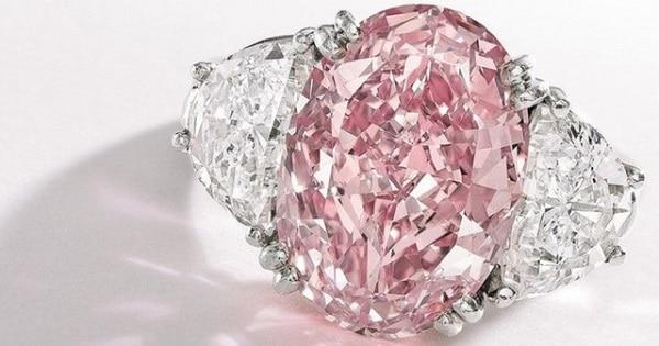 Mẫu nhẫn cưới cao cấp Graff Pink
