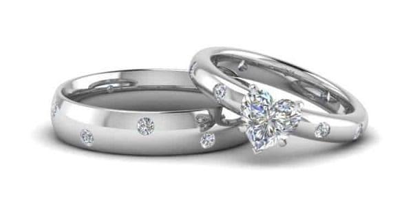 Nhẫn cưới vàng trắng cách điệu siêu lạ một trong các cặp nhẫn cưới đẹp