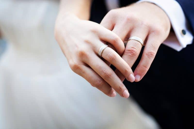 Chọn mua nhẫn cưới ở đâu tại Hà Nội uy tín