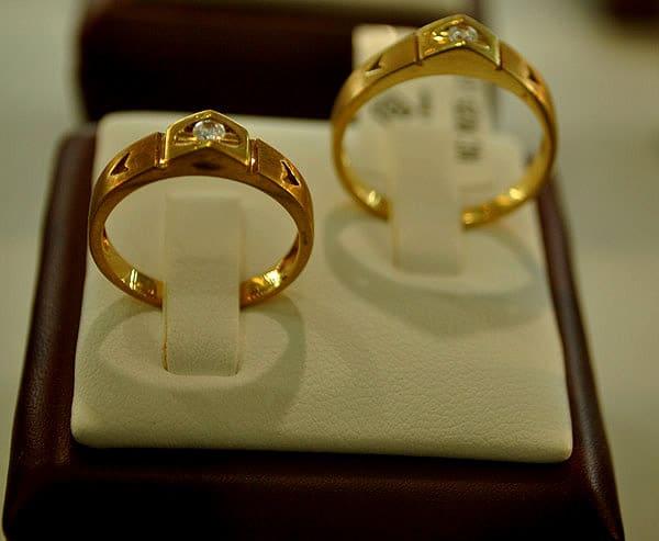 Nên chọn mua nhẫn cưới sớm ít nhất 2 tháng trước ngày cưới