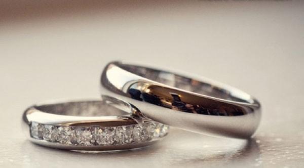 Chọn mua size nhẫn cưới vừa vặn