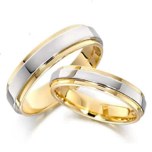 Giá nhẫn vàng đôi dựa trên trọng lượng