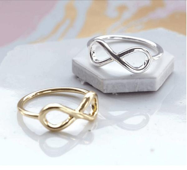 Cặp nhẫn cưới độc đáo, cá tính với hình dấu vô cực