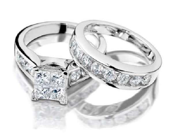 Cặp nhẫn cưới đính kim cương