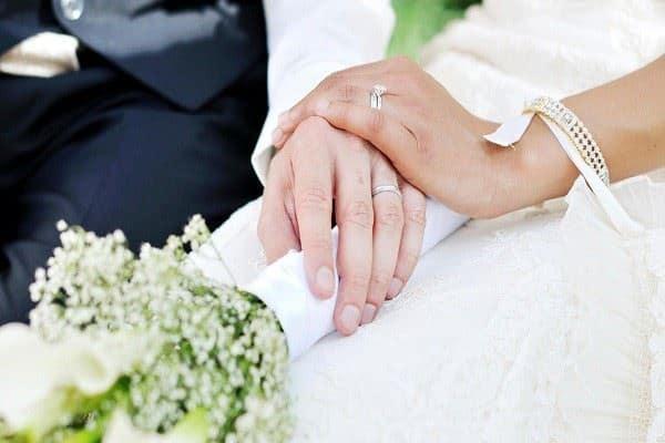 Kị làm mất, không đeo nhẫn cặp cưới