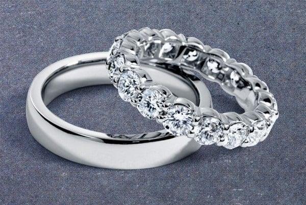 Mẫu nhẫn cưới vàng trắng bố cục hoàn hảo