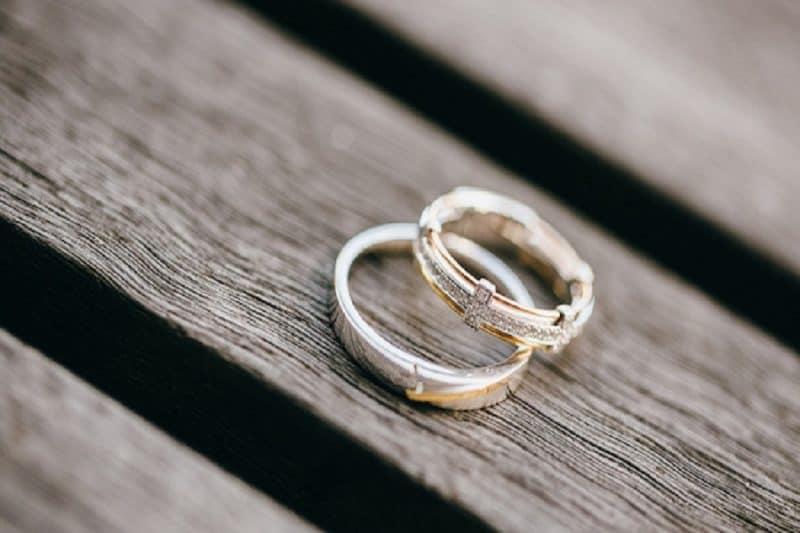 Nét nổi bật của nhẫn cưới 18k bạn không nên bỏ qua