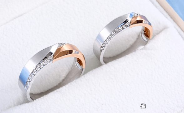 Kiểu nhẫn cưới phối màu độc đáo
