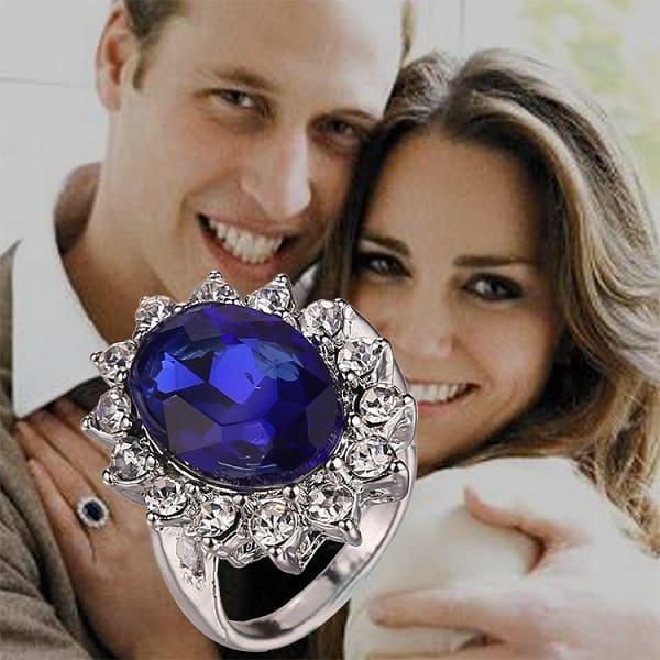 Nhẫn Blue Sapphire điểm kim cương trắng – 137.200 USD
