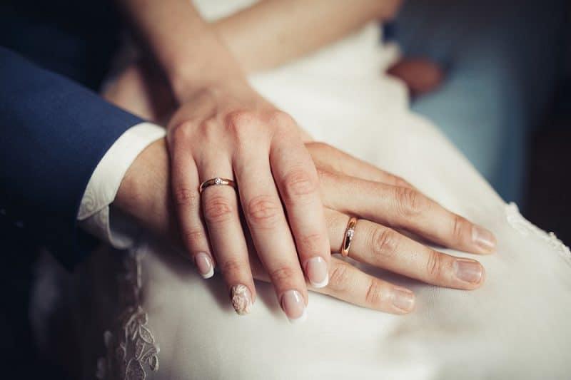 Bạn có biết: Nên mua nhẫn cưới đẹp ở Hà Nội uy tín ở đâu?