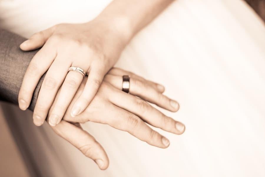 nhẫn cưới đẹp sang trọng