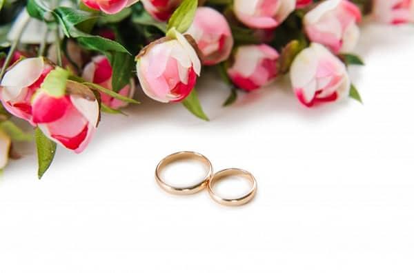 Lựa chọn cửa hàng uy tín để mua nhẫn cưới chất lượng
