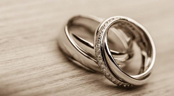 Tham khảo sớm, lựa chọn nhẫn cưới kỹ càng