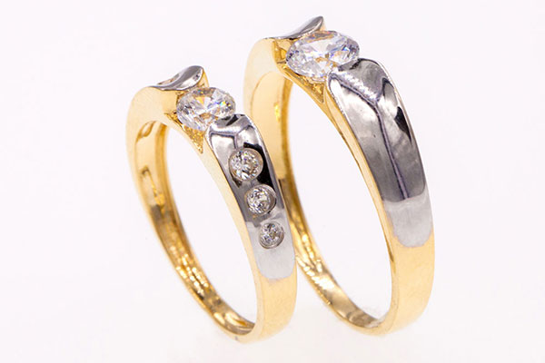 Tìm mẫu nhẫn cưới có kiểu dáng phù hợp