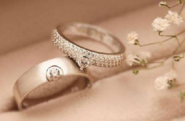 Tìm nhẫn cưới đẹp với kích cỡ nhẫn cưới rất quan trọng