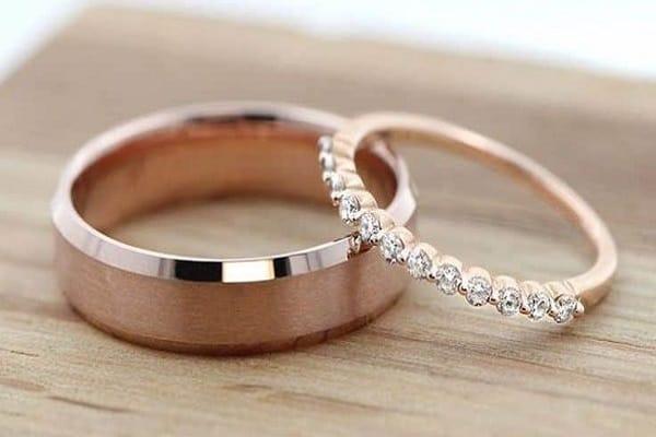 Mẫu nhẫn cưới vàng hồng