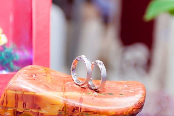 Mẫu nhẫn cưới vàng trắng mới