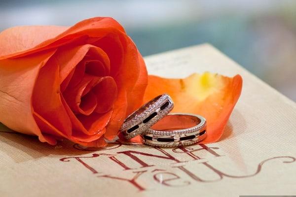 Nhẫn cưới vàng trắng sang trọng