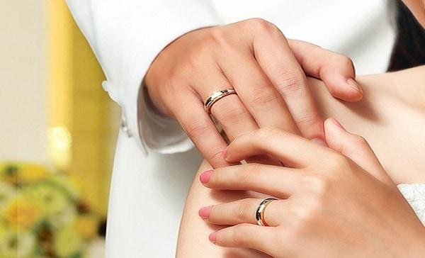 Hãy thống nhất ý kiến khi tìm mua nhẫn cưới đẹp