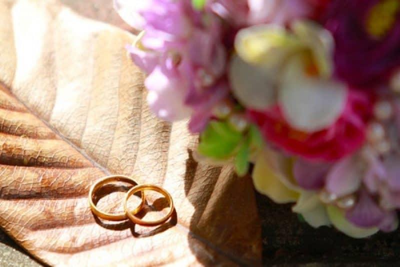 Những mẫu nhẫn cưới đơn giản được yêu thích 2019