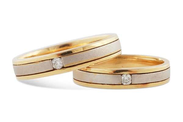 Nhẫn cưới vàng 18k kết hợp vàng trắng