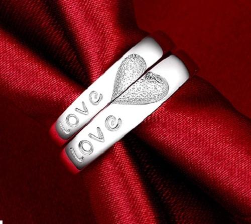 Xem hình nhẫn cưới đẹp LOVE độc đáo